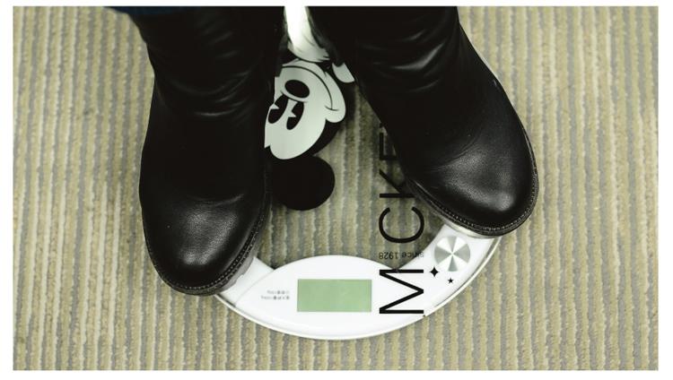 迪士尼米奇黑白经典电子秤